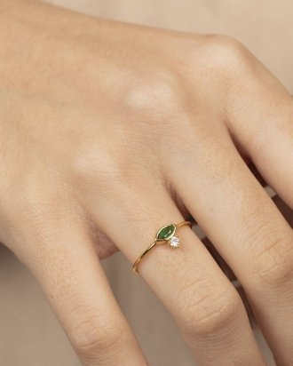 Emerald marquise gold