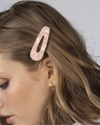 Triangle pink hair clip